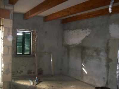 Porzione di casa indipendente fano for Piani casa tetto a capanna